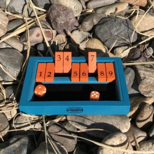 Backpack Shut the Box - In action